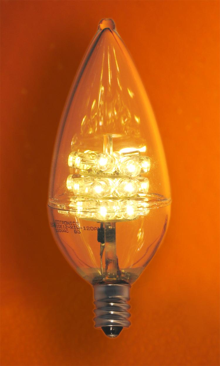 1 2 Watt Flame Tip Led Chandelier Bulb With E12 Candelabra